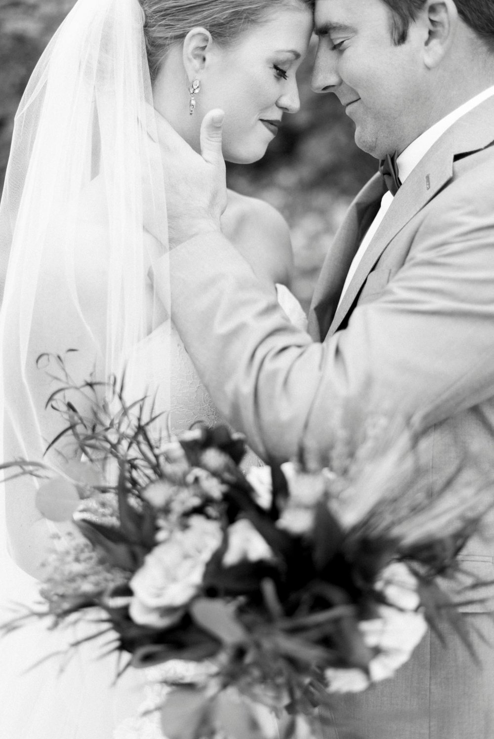 downtownlynchburg_virginiaweddingphotographer_Craddockterryhotel_churchwedding 44.jpg