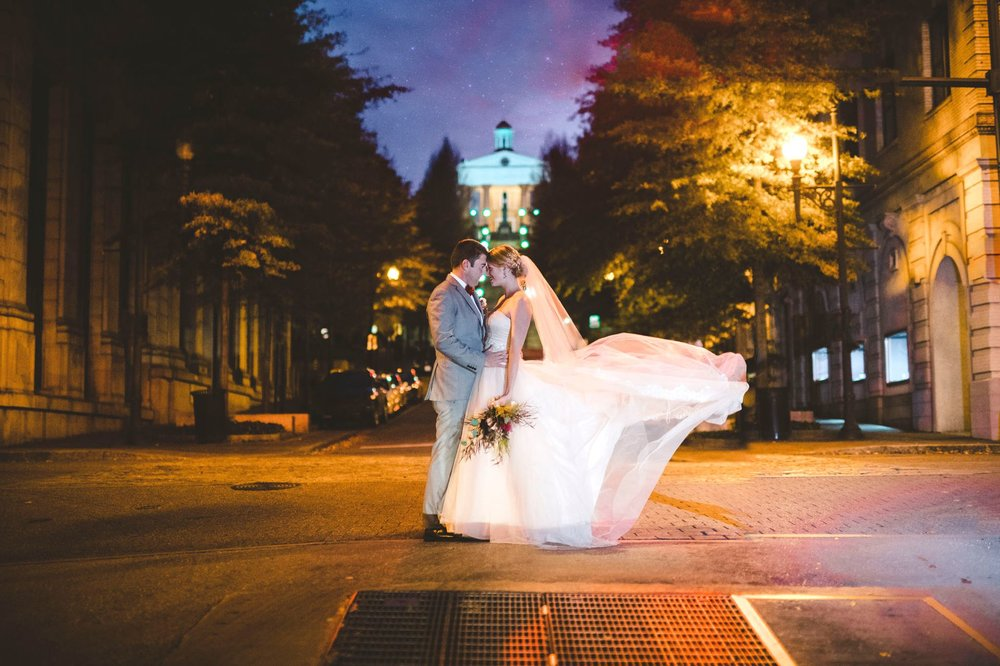 downtownlynchburg_virginiaweddingphotographer_Craddockterryhotel_churchwedding 98.jpg