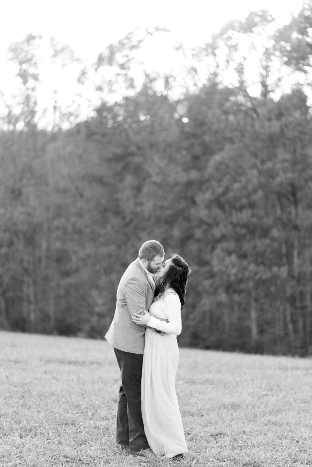 SorellaFarms_EngagementSession_VirginiaweddingPhotographer 30.jpg