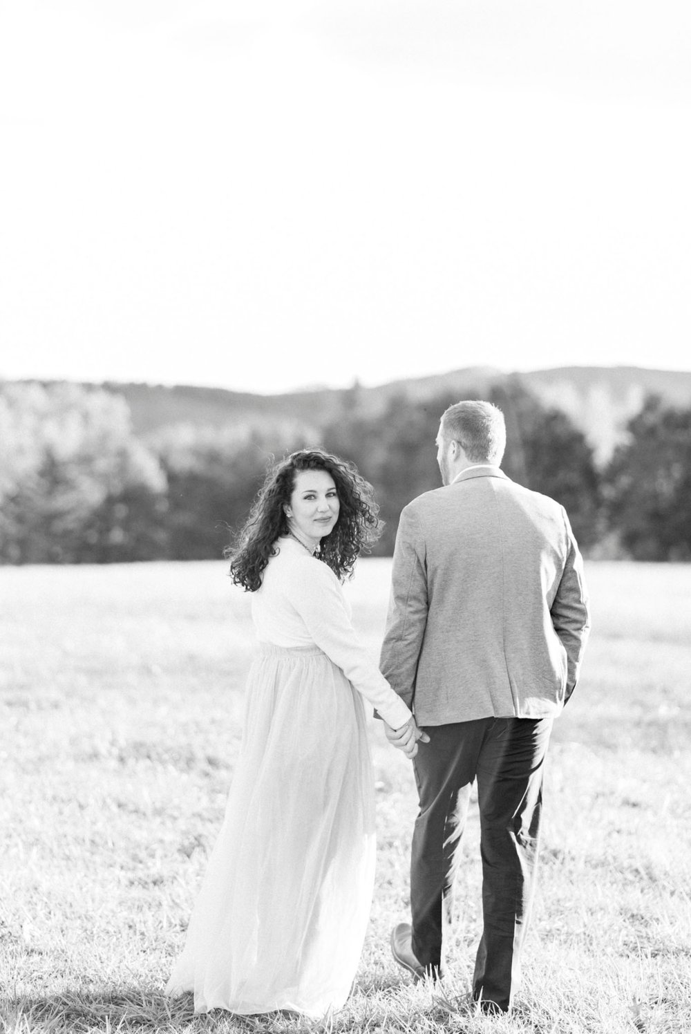 SorellaFarms_EngagementSession_VirginiaweddingPhotographer 38.jpg