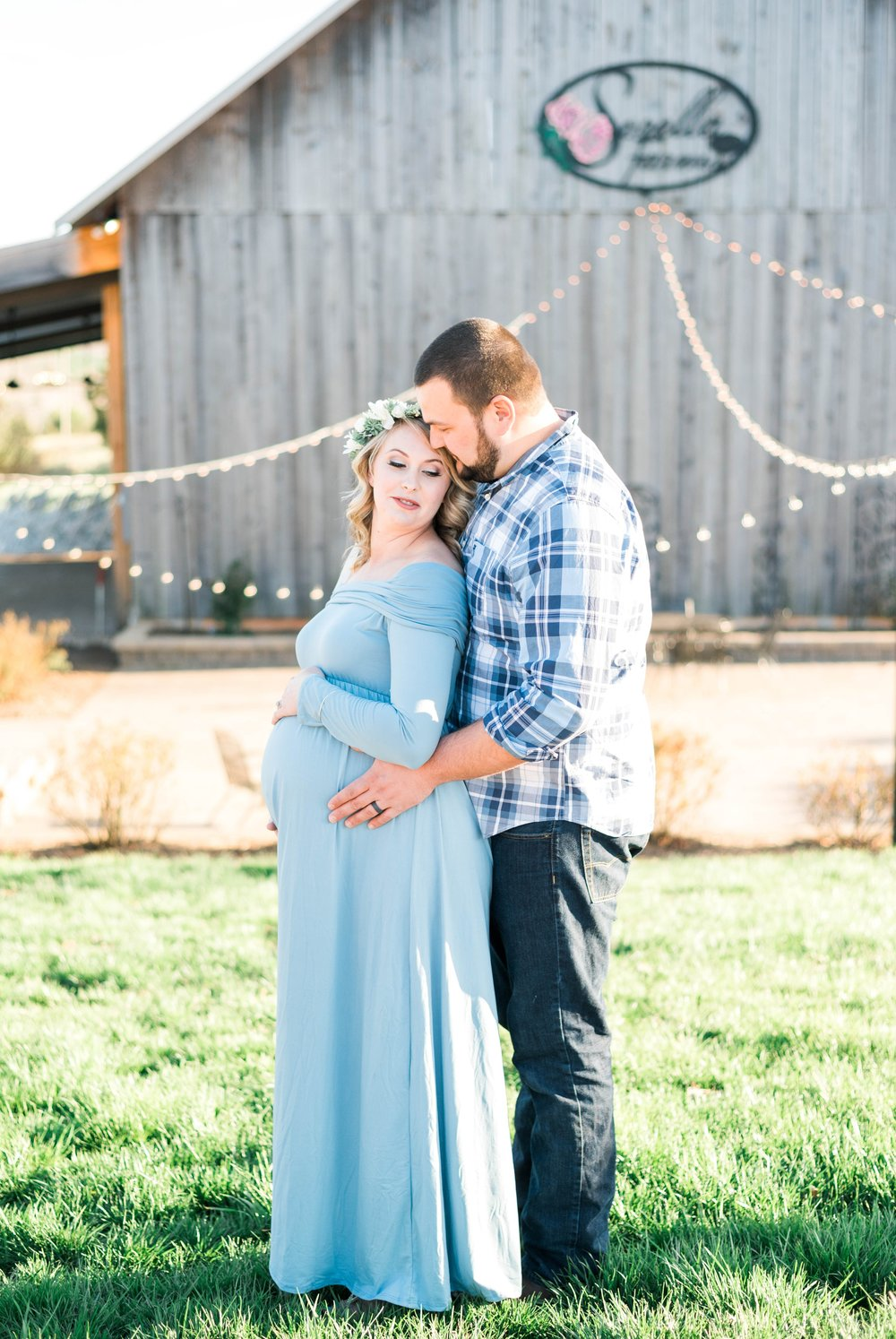 SorellaFarms_Jessica+Dylan_MaternitySession_Virginiaweddingphotographer 15.jpg