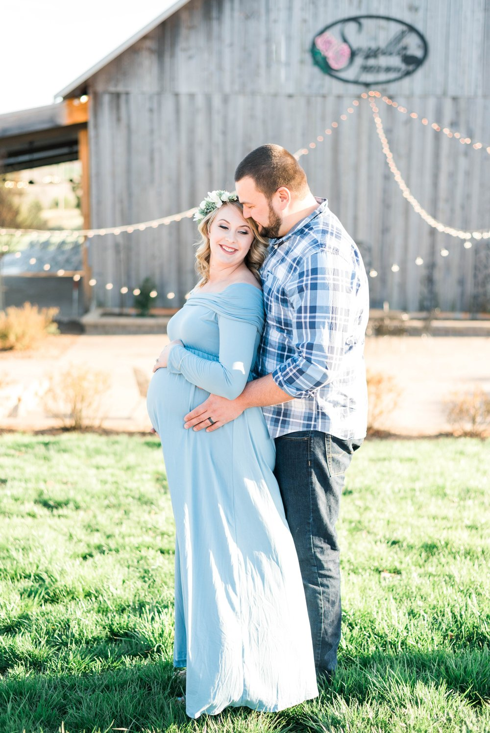 SorellaFarms_Jessica+Dylan_MaternitySession_Virginiaweddingphotographer 17.jpg
