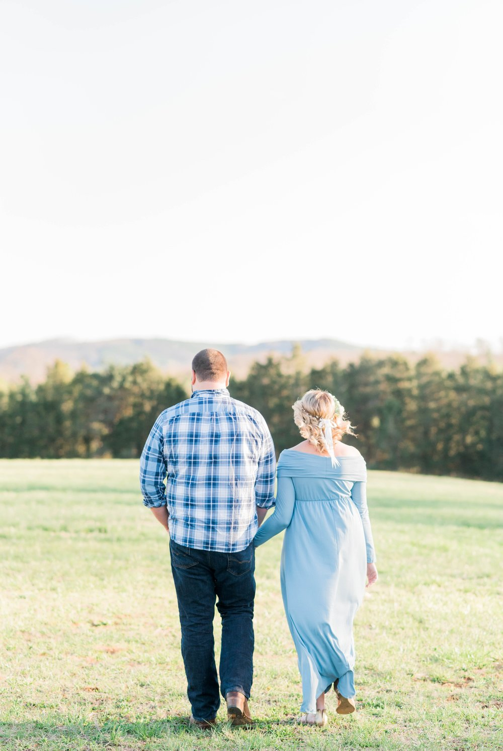 SorellaFarms_Jessica+Dylan_MaternitySession_Virginiaweddingphotographer 23.jpg