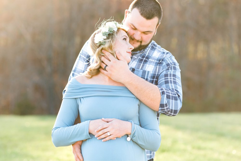 SorellaFarms_Jessica+Dylan_MaternitySession_Virginiaweddingphotographer 28.jpg