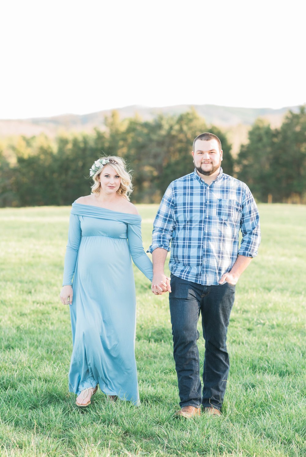SorellaFarms_Jessica+Dylan_MaternitySession_Virginiaweddingphotographer 33.jpg
