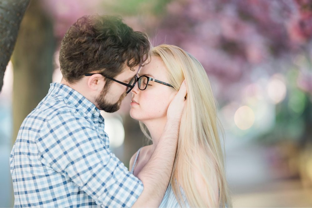 LaunceTarah_VirginiaWeddingPhotographer_EngagementSession_LynchburgVA_DowntownLynchburg_SpringEngagement 5.jpg