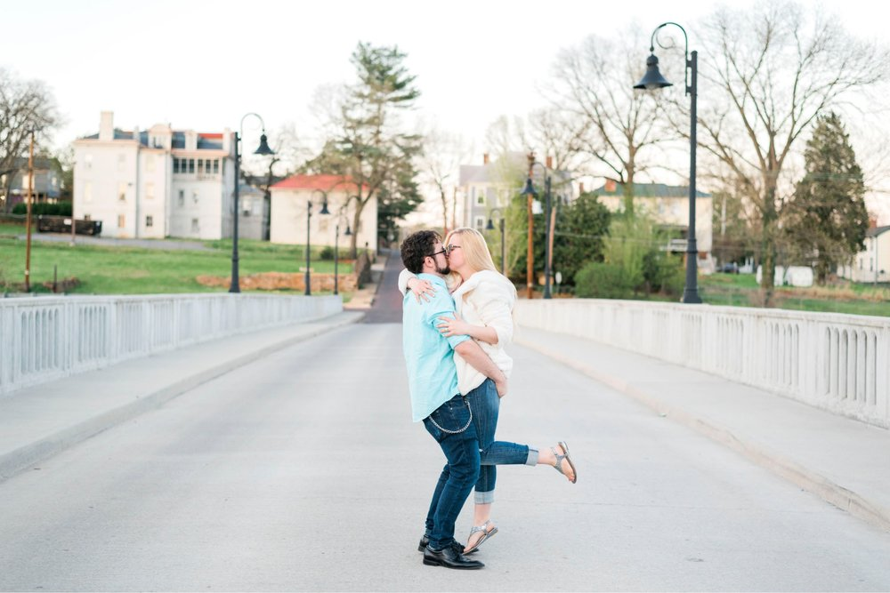 LaunceTarah_VirginiaWeddingPhotographer_EngagementSession_LynchburgVA_DowntownLynchburg_SpringEngagement 27.jpg