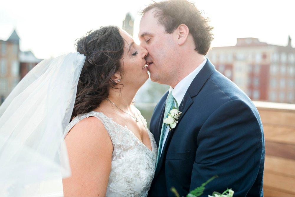 TheVirginianHotel_LynchburgVA_TheVirginianHotelWedding_Virginiaweddingphotographer_Lynchburgvawedding 8.jpg