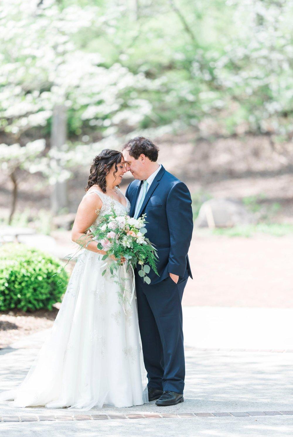 TheVirginianHotel_LynchburgVA_TheVirginianHotelWedding_Virginiaweddingphotographer_Lynchburgvawedding 23.jpg