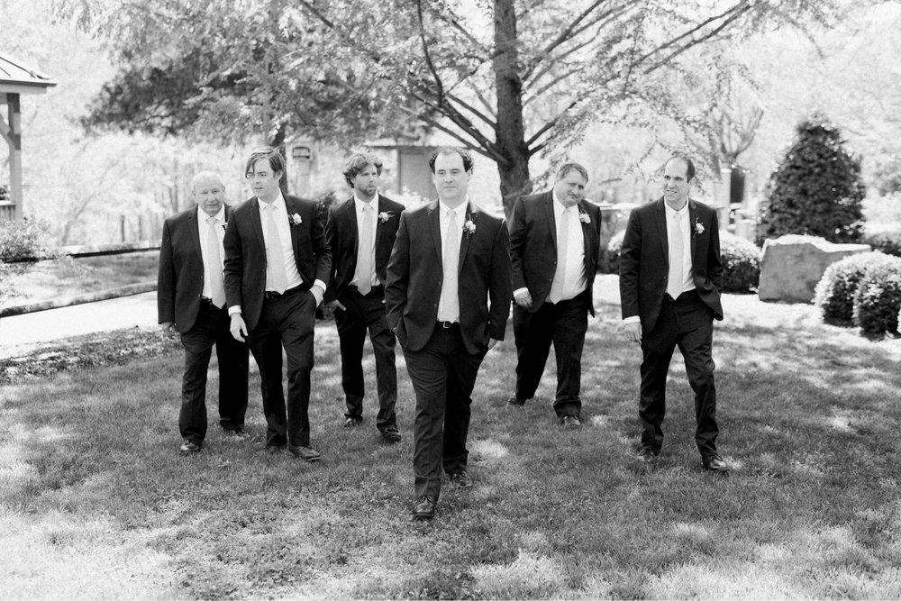 TheVirginianHotel_LynchburgVA_TheVirginianHotelWedding_Virginiaweddingphotographer_Lynchburgvawedding 33.jpg