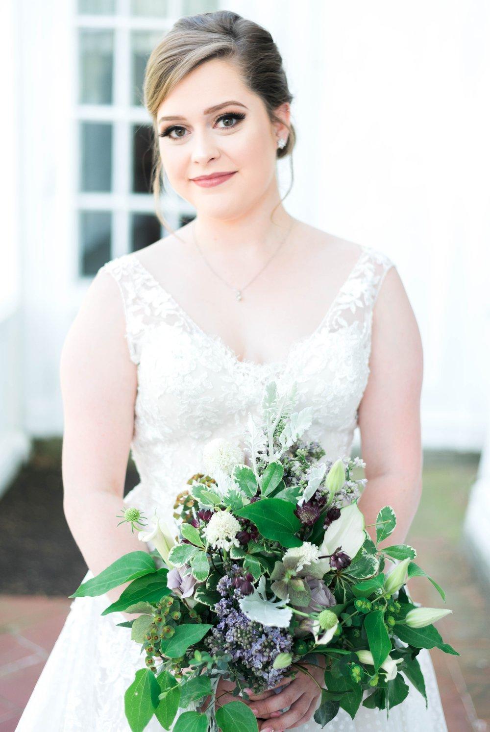 Jillian+Abi_OakridgeEstate_Wedding_VirginiaWeddingPhotographer_SpringWedding 26.jpg