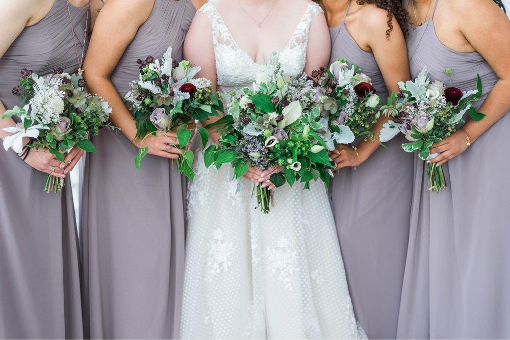 Jillian+Abi_OakridgeEstate_Wedding_VirginiaWeddingPhotographer_SpringWedding 32.jpg