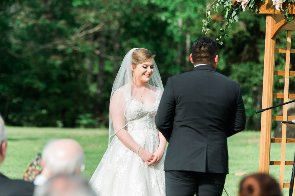 Jillian+Abi_OakridgeEstate_Wedding_VirginiaWeddingPhotographer_SpringWedding 7.jpg
