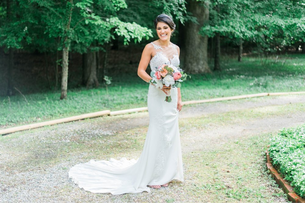 Williamsburgvawedding_backyardwedding_virginiaweddingphotographer_lynchburgweddingphotographer_PaulAliya 36.jpg