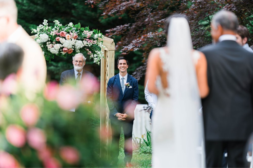Williamsburgvawedding_backyardwedding_virginiaweddingphotographer_lynchburgweddingphotographer_PaulAliya 10.jpg