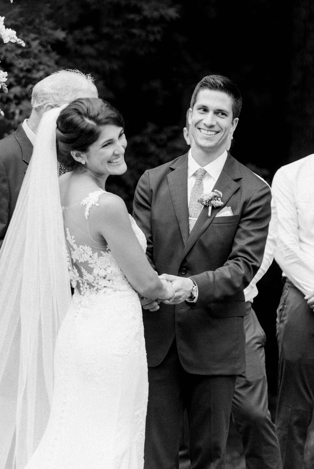 Williamsburgvawedding_backyardwedding_virginiaweddingphotographer_lynchburgweddingphotographer_PaulAliya 15.jpg