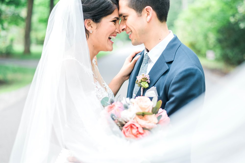 Williamsburgvawedding_backyardwedding_virginiaweddingphotographer_lynchburgweddingphotographer_PaulAliya 22.jpg