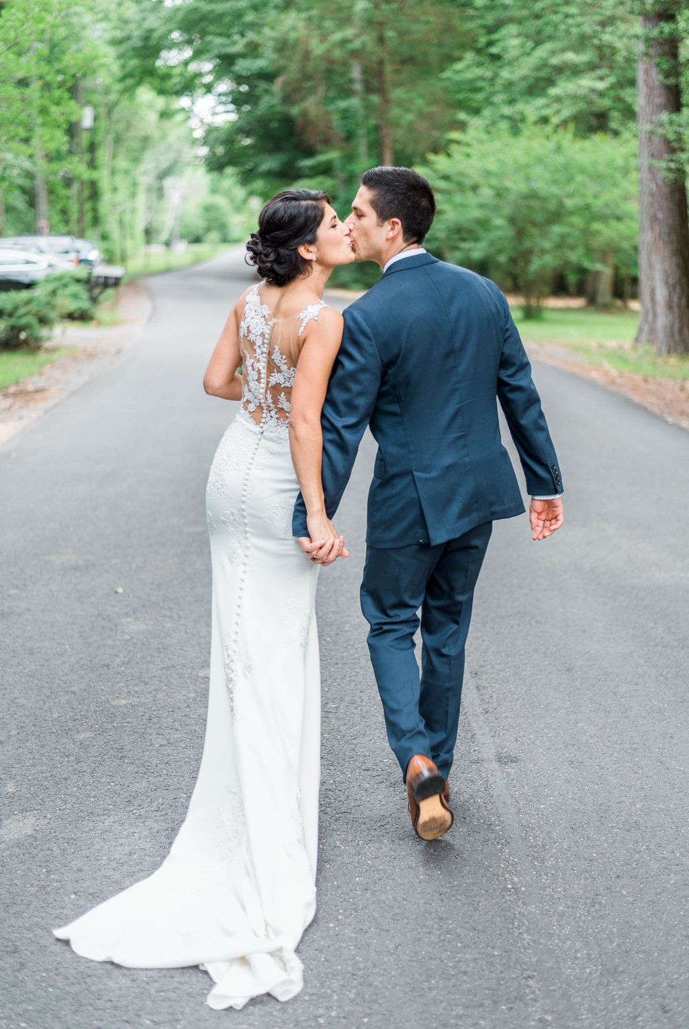 Williamsburgvawedding_backyardwedding_virginiaweddingphotographer_lynchburgweddingphotographer_PaulAliya 29.jpg