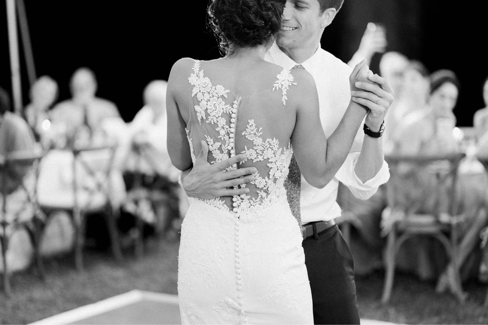 Williamsburgvawedding_backyardwedding_virginiaweddingphotographer_lynchburgweddingphotographer_PaulAliya 37.jpg