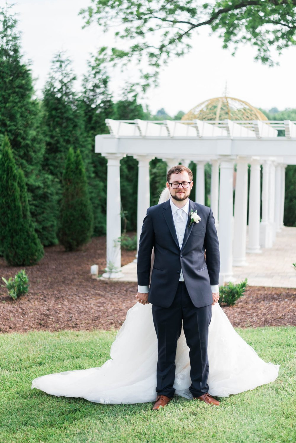 bedfordcolumns_entwinedevents_Lynchburgweddingphotographer_virginiaweddingphotographer_tarahlaunce 24.jpg