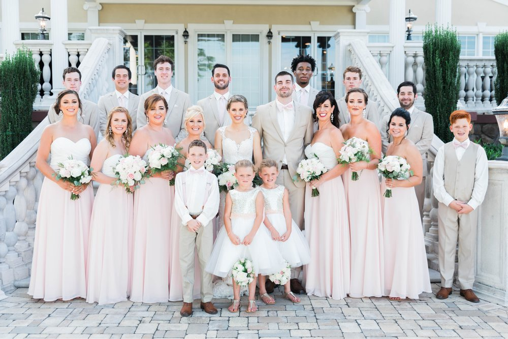 BedfordColumns_EntwinedEvents_Lynchburgwedding_VIrginiaweddingphotographer_ALlisonNIck 1.jpg