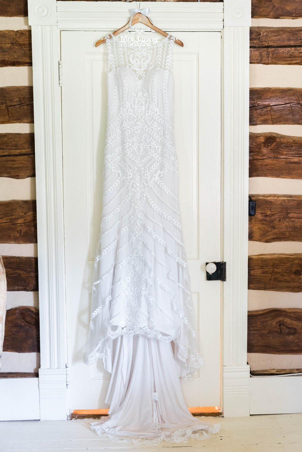 SorellaFarms_VirginiaWeddingPhotographer_BarnWedding_Lynchburgweddingphotographer_DanielleTyler 7.jpg