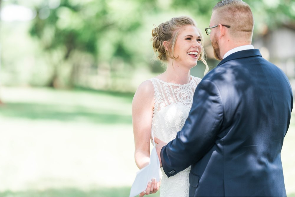 SorellaFarms_VirginiaWeddingPhotographer_BarnWedding_Lynchburgweddingphotographer_DanielleTyler 31.jpg