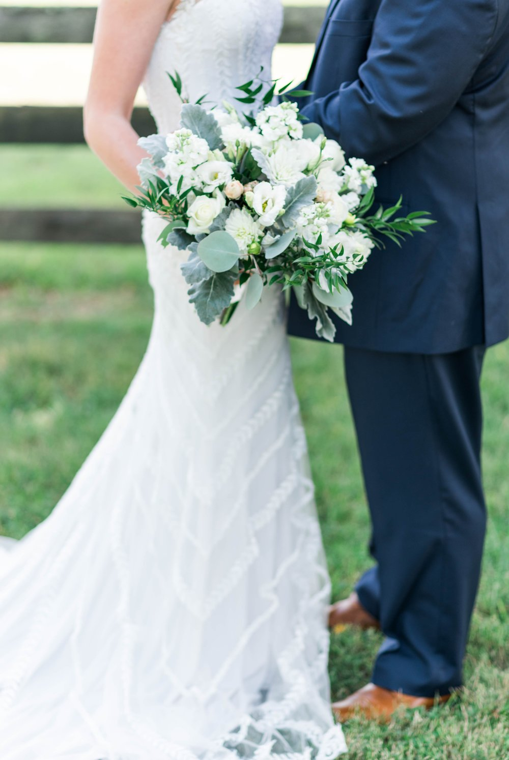 SorellaFarms_VirginiaWeddingPhotographer_BarnWedding_Lynchburgweddingphotographer_DanielleTyler 37.jpg