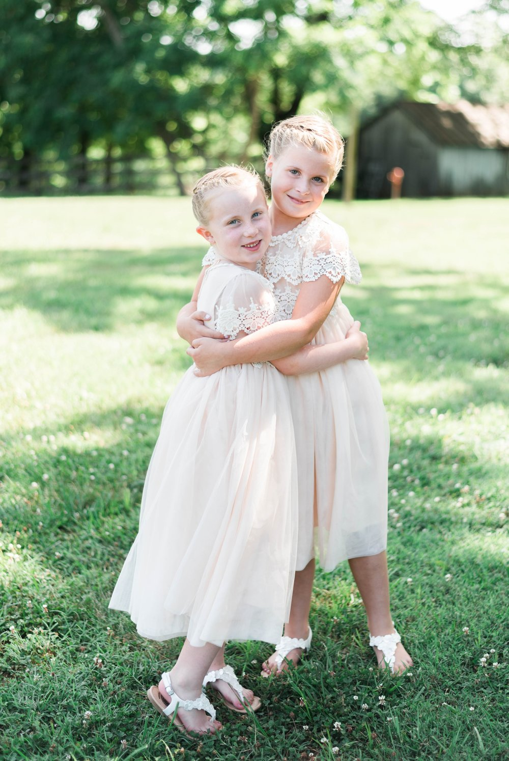 SorellaFarms_VirginiaWeddingPhotographer_BarnWedding_Lynchburgweddingphotographer_DanielleTyler 8.jpg
