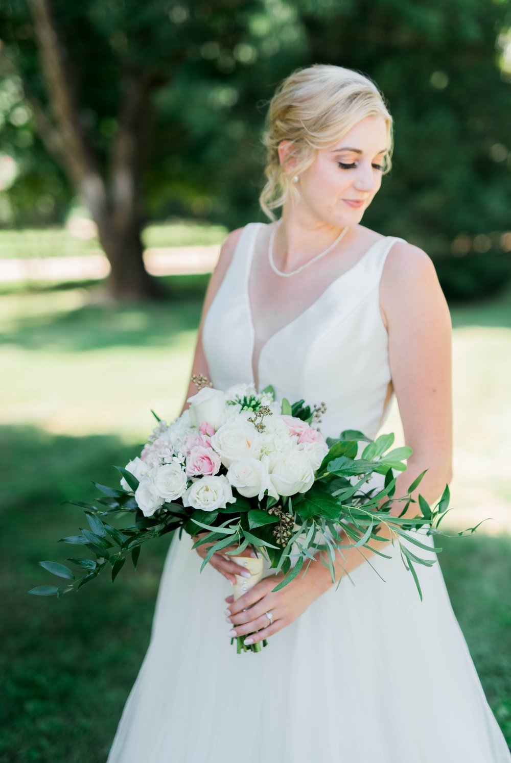 westmanorestate_entwinedevents_lynchburgweddingphotographer_Virginiaweddingphotographer_kateyam 31.jpg