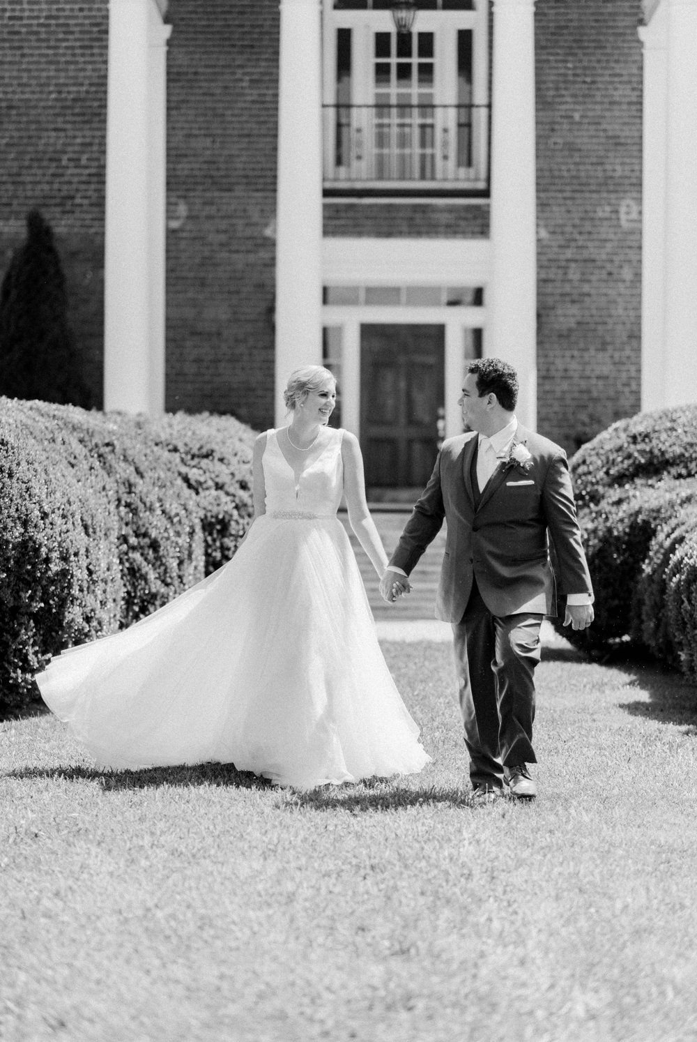 westmanorestate_entwinedevents_lynchburgweddingphotographer_Virginiaweddingphotographer_kateyam 46.jpg