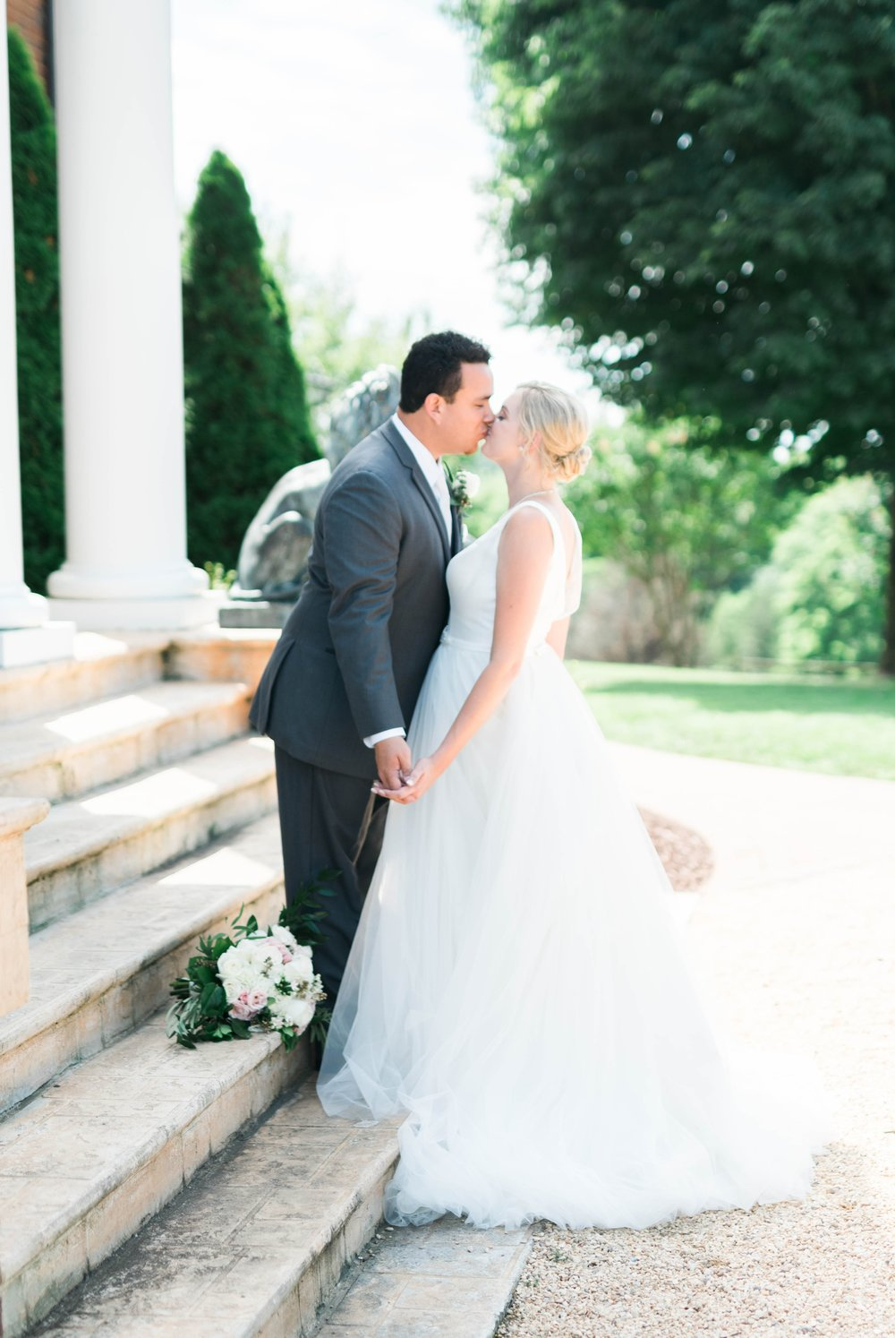 westmanorestate_entwinedevents_lynchburgweddingphotographer_Virginiaweddingphotographer_kateyam 5.jpg