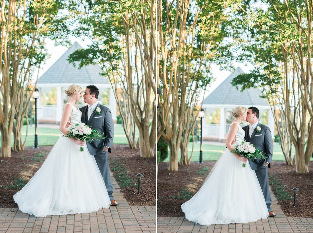 westmanorestate_entwinedevents_lynchburgweddingphotographer_Virginiaweddingphotographer_kateyam 2.jpg