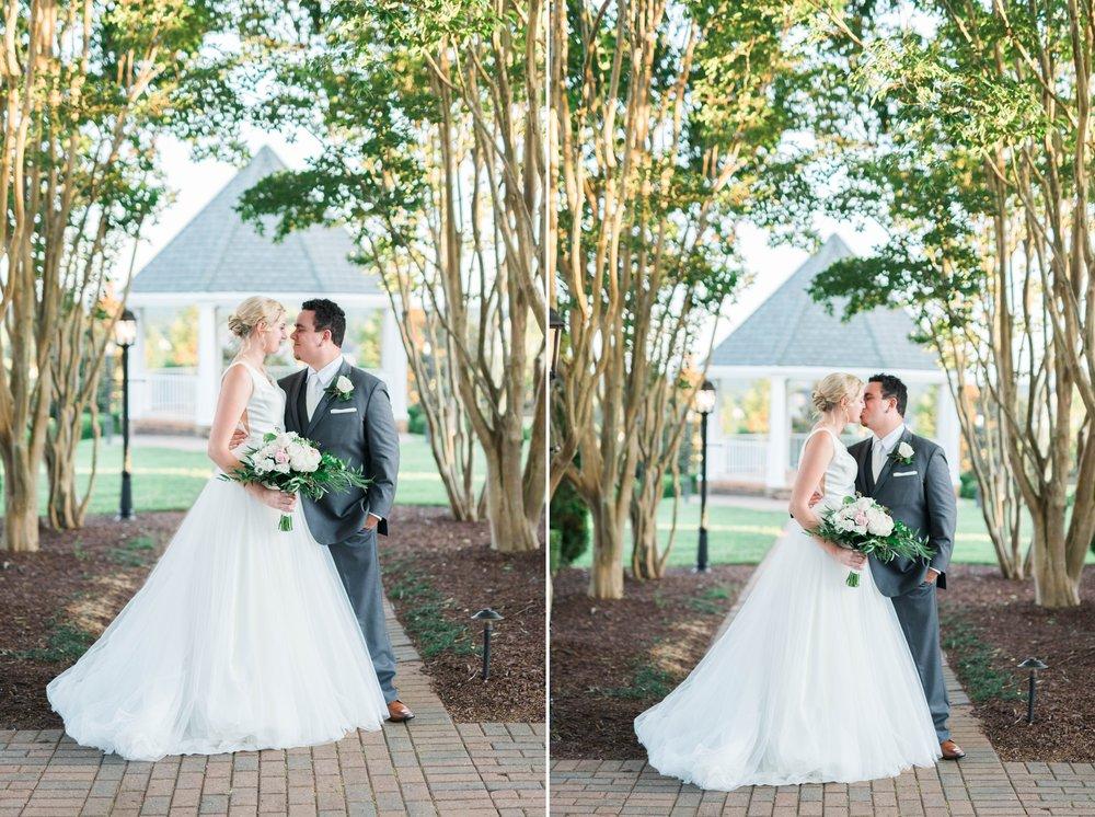 westmanorestate_entwinedevents_lynchburgweddingphotographer_Virginiaweddingphotographer_kateyam 2.jpg