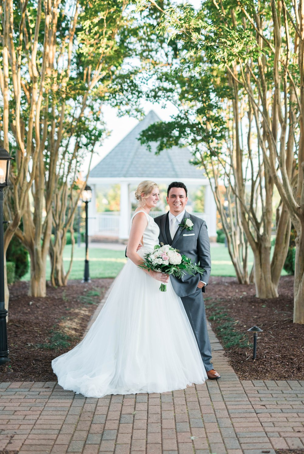 westmanorestate_entwinedevents_lynchburgweddingphotographer_Virginiaweddingphotographer_kateyam 3.jpg