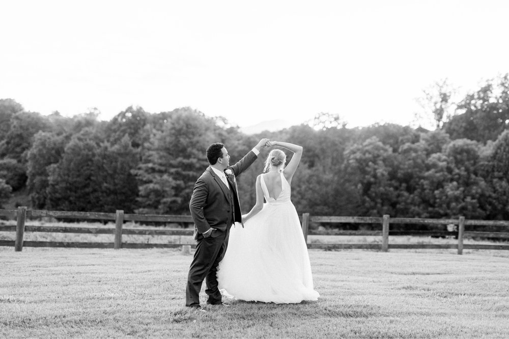 westmanorestate_entwinedevents_lynchburgweddingphotographer_Virginiaweddingphotographer_kateyam 13.jpg