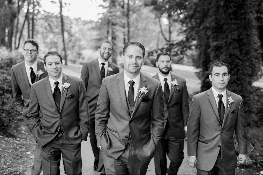 TheAtriumatMeadowlark_Virginiawedding photographer_lynchburgweddingphotographer_DCweddingPhotographer_KristinAaron 31.jpg