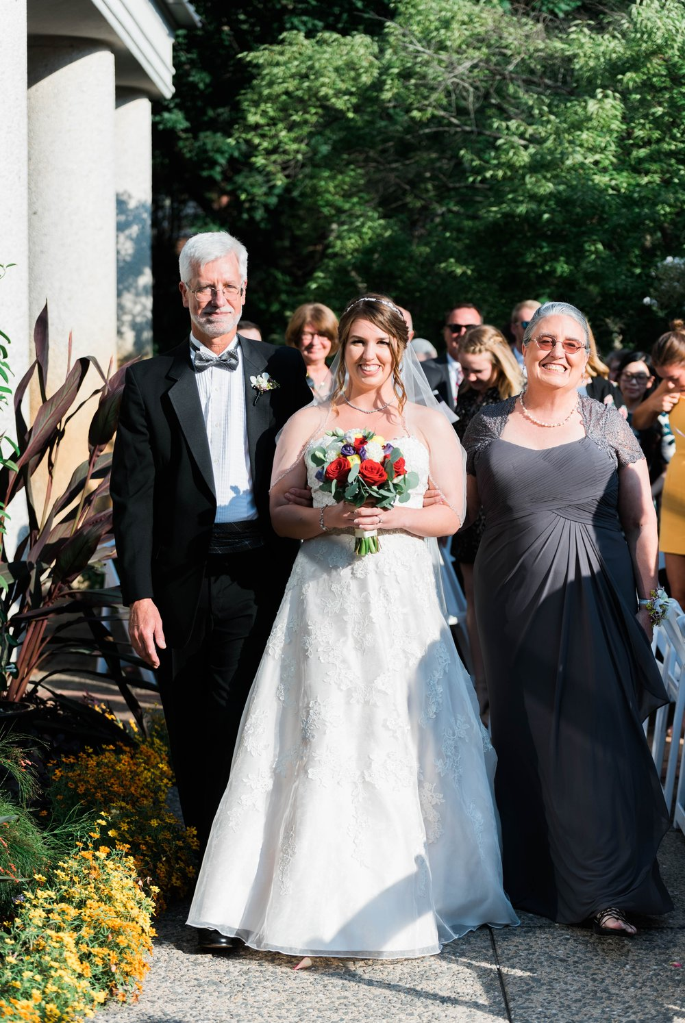 TheAtriumatMeadowlark_Virginiawedding photographer_lynchburgweddingphotographer_DCweddingPhotographer_KristinAaron 19.jpg