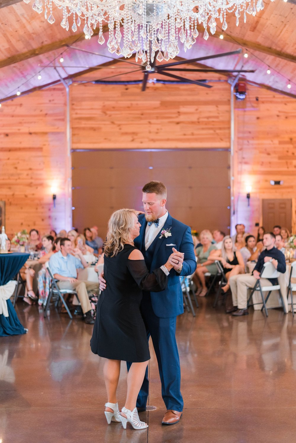 atkinson farms_VirginiaWeddingPhotographer_LynchburgWeddingPhotographer_DylanandLauren 48.jpg