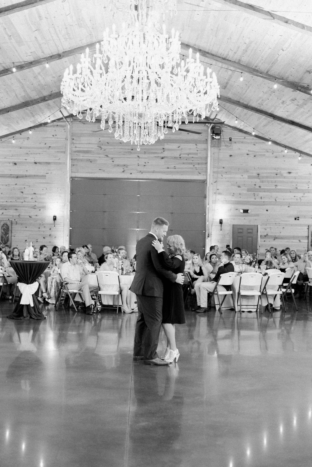 atkinson farms_VirginiaWeddingPhotographer_LynchburgWeddingPhotographer_DylanandLauren 49.jpg