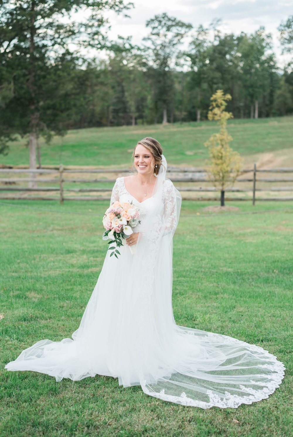 GrantElizabeth_wineryatbullrun_DCwedding_Virginiaweddingphotographer 4.jpg