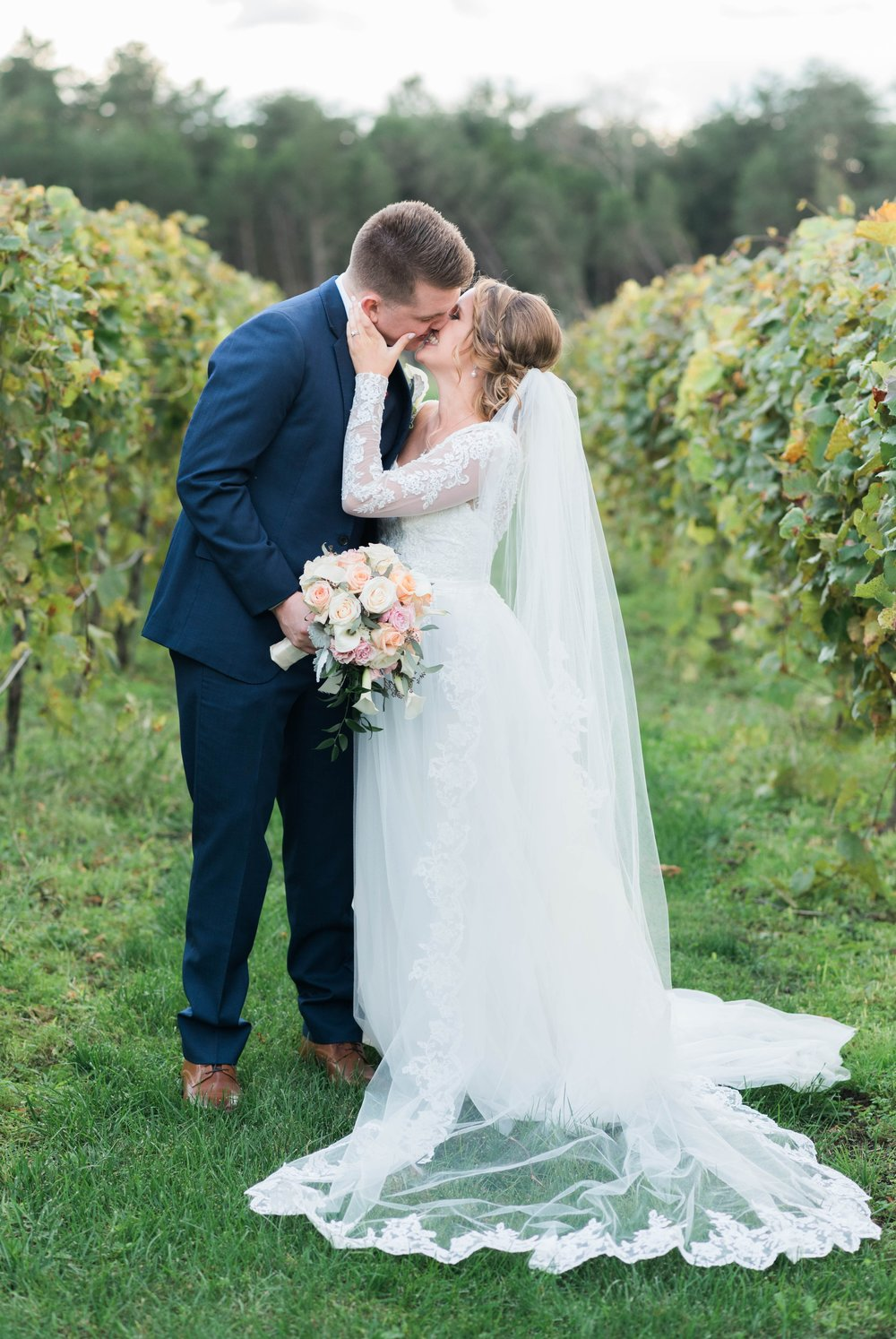 GrantElizabeth_wineryatbullrun_DCwedding_Virginiaweddingphotographer 19.jpg