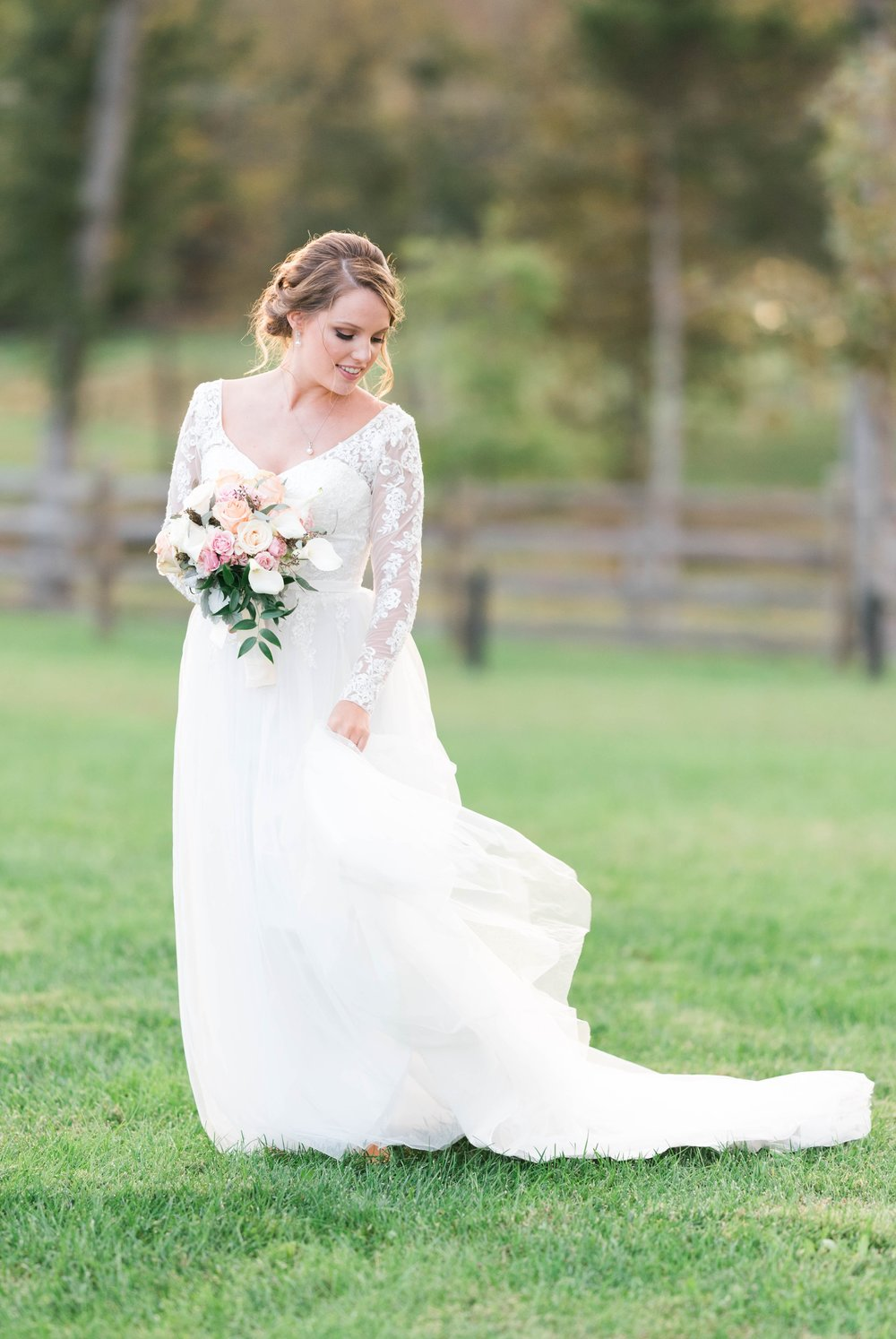 GrantElizabeth_wineryatbullrun_DCwedding_Virginiaweddingphotographer 34.jpg