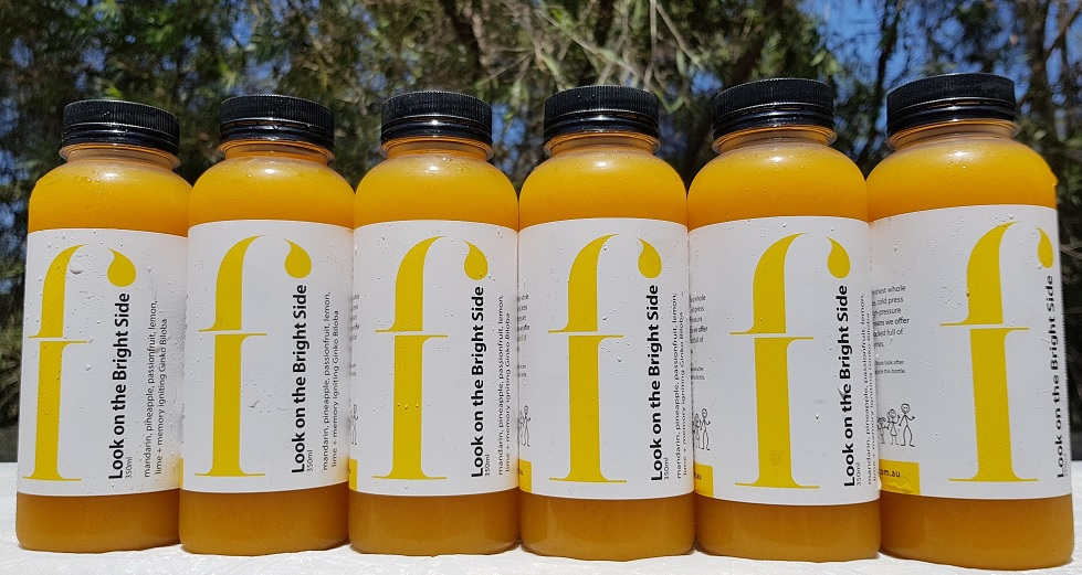 Look on the Bright Side  Zesty & bright, this juice is sure to put a smile on your face. Mandarin and lemon together create a very fragrant experience, paired with pineapple this one is irresistible!  * Mandarin, apple, pineapple, passionfruit, lemon, lime