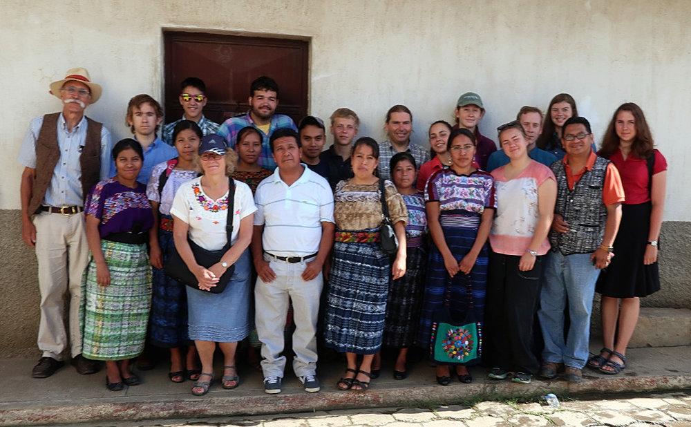 GrupoPoaquilE.jpg