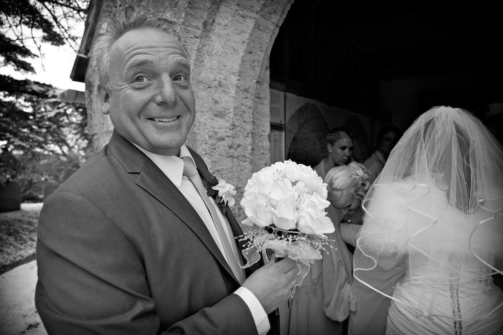 wedding photographer Upwaltham barns.jpg