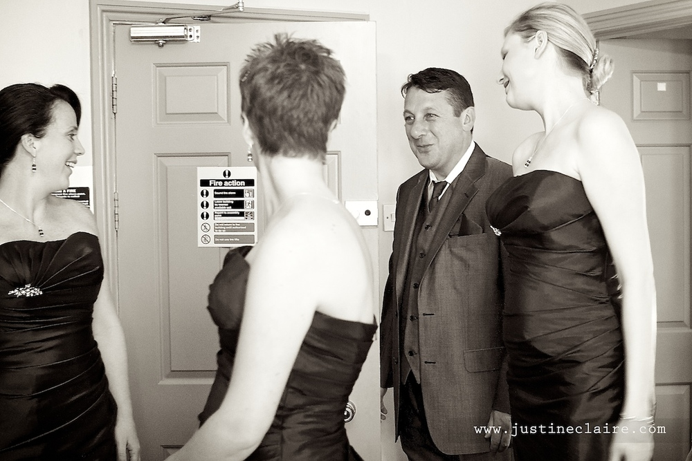 Chavenage House Wedding Photographers  0018.jpg