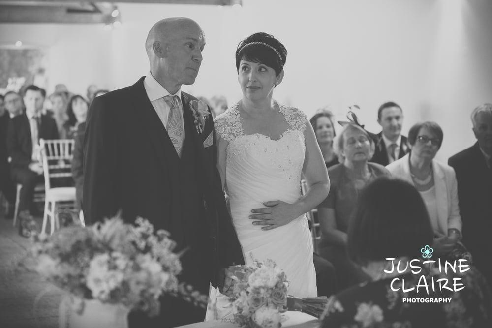 Farbridge Barn Wedding Photographers, West Sussex Wedding Photos6.jpg
