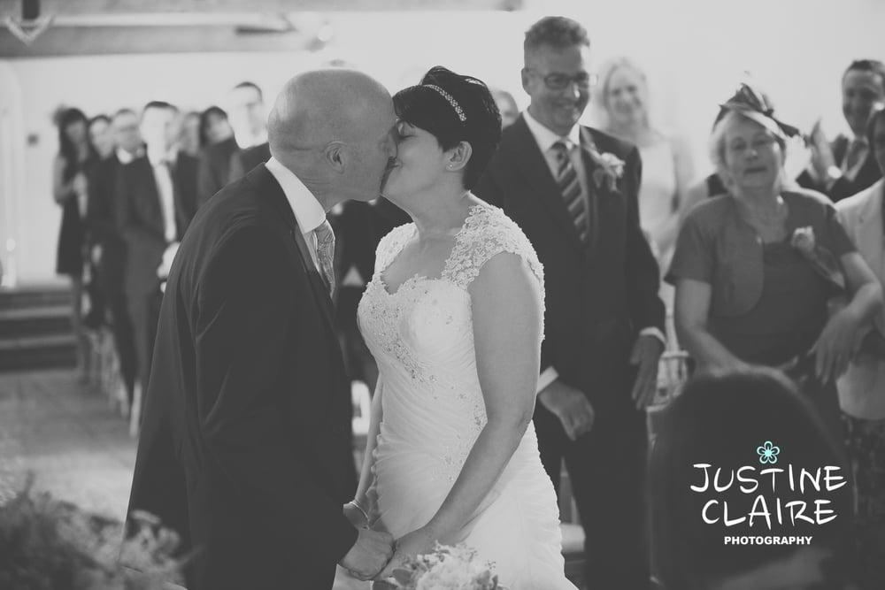 Farbridge Barn Wedding Photographers, West Sussex Wedding Photos8.jpg