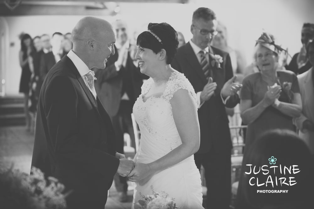 Farbridge Barn Wedding Photographers, West Sussex Wedding Photos9.jpg